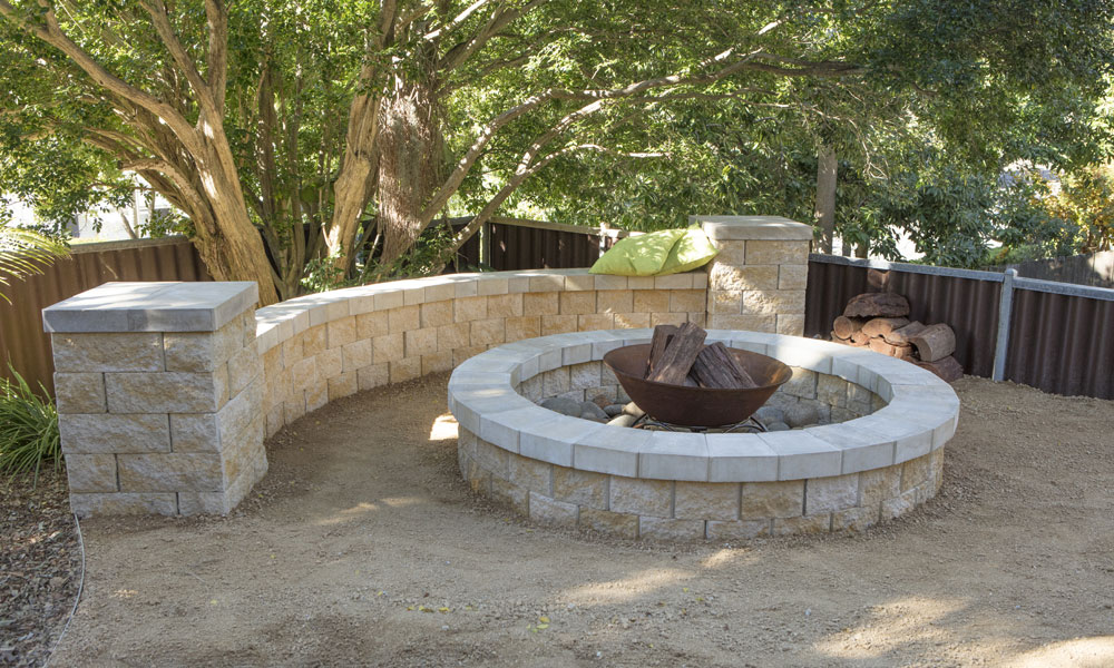 Step by step guide to build a fire pit fencit for Step by step fire pit