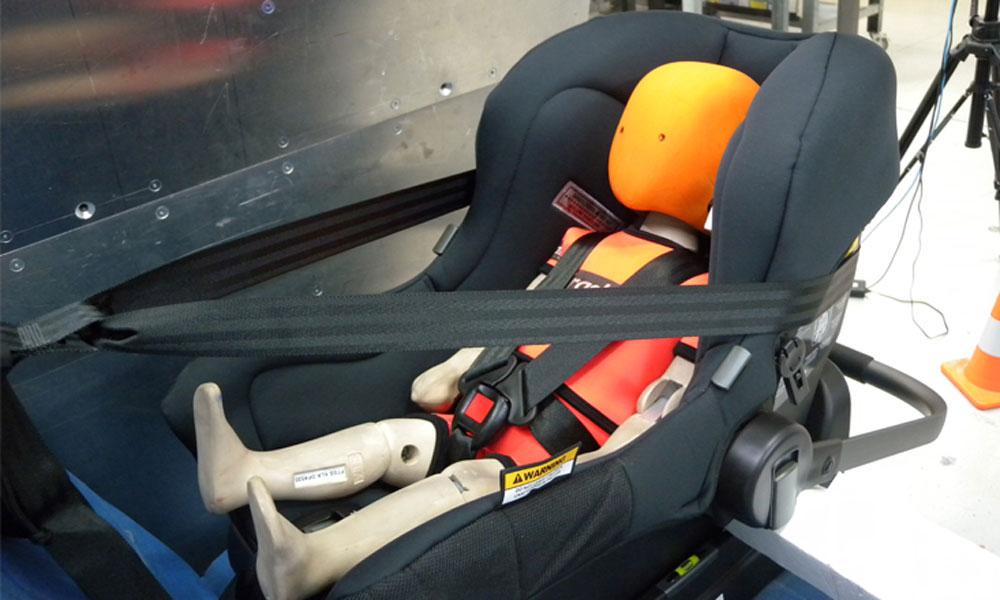 choose the safest car seat for your child fencit. Black Bedroom Furniture Sets. Home Design Ideas