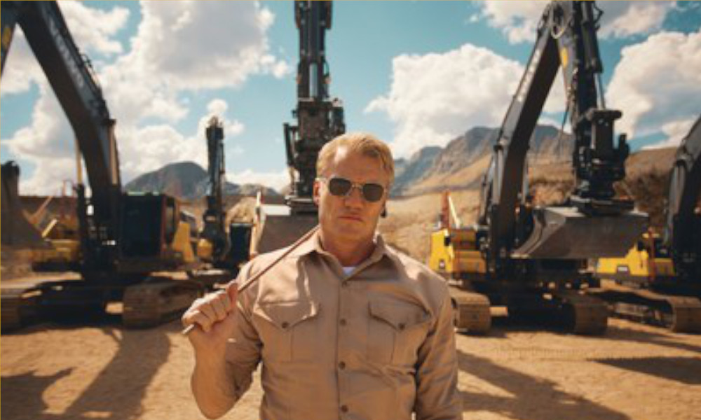 Dolph Lundgren leads the action in Volvo Construction Equipment's Pump It Up – a new film showcasing the ultimate in excavator endurance (PRNewsfoto/Volvo CE)