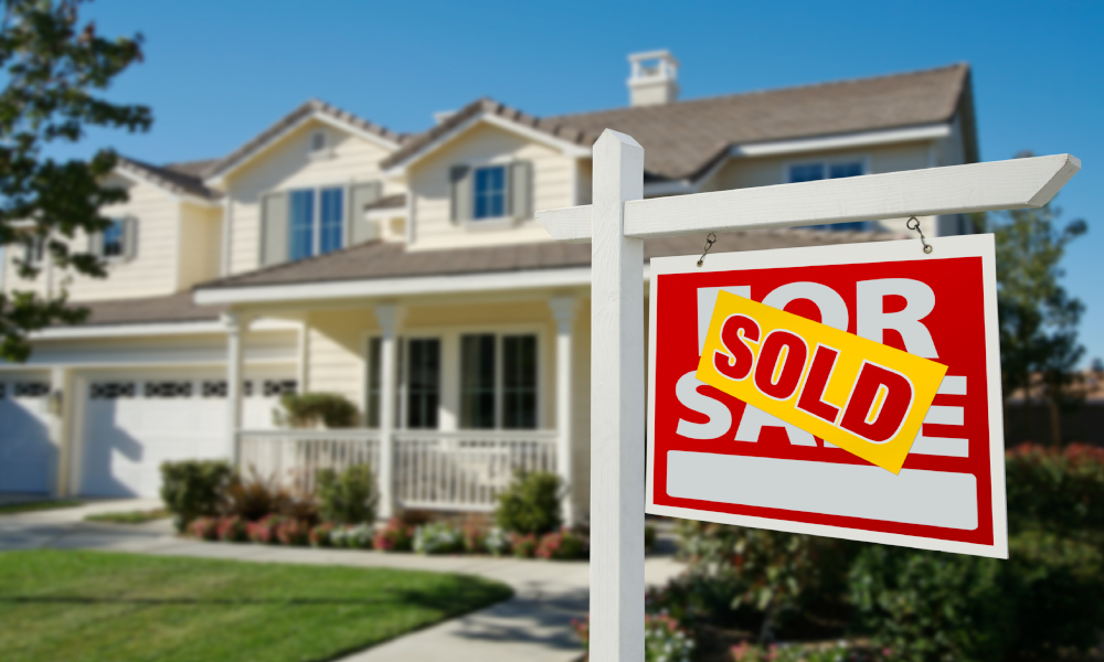 new home sales stock image